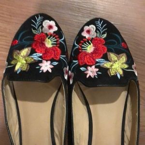 Topshop Shoes - Topshop Embroidered Floral Flats Size 7.5